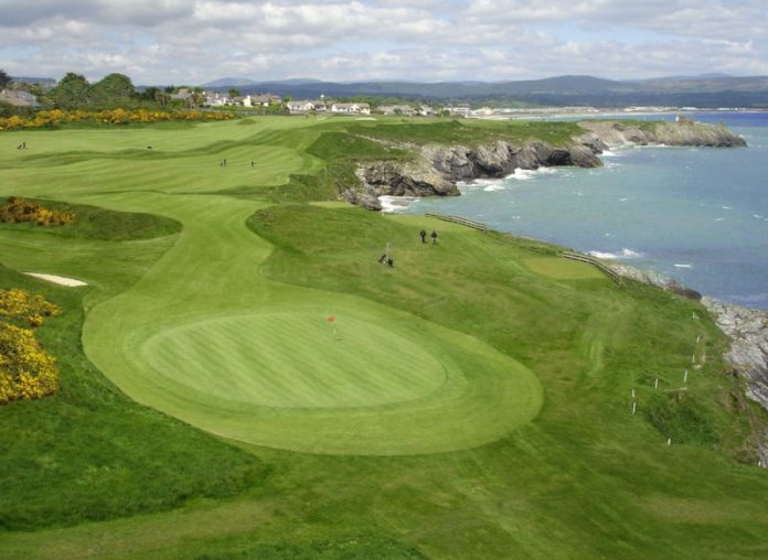 jpeg of the second hole at Wicklow Golf Club